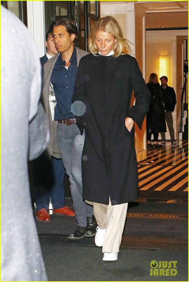 Tiệc Met Gala 2019 trước giờ G: Lady Gaga lại ăn mặc gây sốc, Vợ Iron Man ỉu xìu bên Bella Hadid sang chảnh - Ảnh 10.
