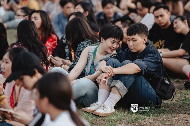 Giới trẻ Sài Gòn cùng loạt nghệ sĩ đình đám như Vũ, Đen Vâu, Suboi hoà mình vào bữa tiệc âm nhạc hoành tráng tại Thơm Music Festival - Ảnh 18.
