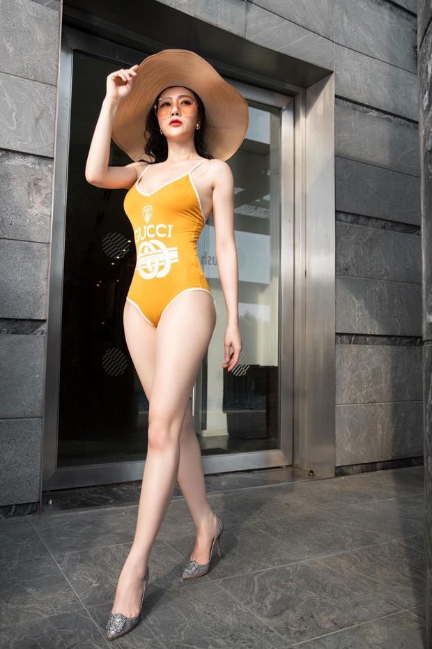 Mỹ nhân Vũ trụ VTV thả dáng với bikini: Ít khi khoe nhưng body cũng rất gì và này nọ, nóng bỏng chẳng kém ai - Ảnh 14.