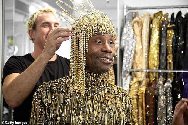 Chân dung đằng sau lớp make-up của thánh làm lố Pharaoh dát vàng suýt vượt mặt Lady Gaga tại Met Gala 2019 - Ảnh 5.