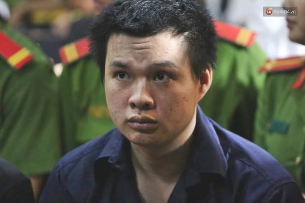 Kết thúc phiên xử đầu tiên: Hot girl Ngọc Miu xúc động vì gặp người thân, Văn Kính Dương vẫn tỏ ra bình thản - Ảnh 10.