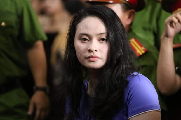 Hot girl Ngọc Miu khai biết ông trùm Văn Kính Dương có gia đình nhưng vẫn sống cùng nhau và có con chung 3 tuổi - Ảnh 2.
