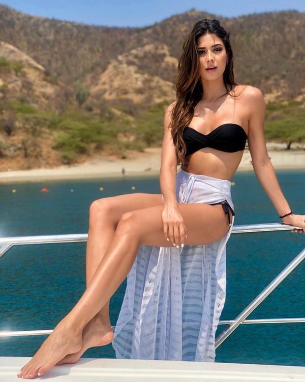 Đối thủ Hoàng Thùy tại Miss Universe 2019: Từ cơ bụng 6 múi đến thành tích cực khủng đủ sức nuốt chửng bất cứ người đẹp nào! - Ảnh 14.