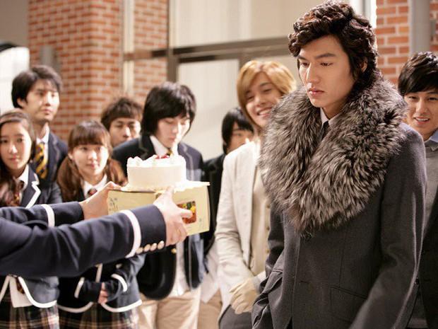 10 năm lột xác ngoại hình của Lee Min Ho: Từ nam thần Vườn sao băng thành tài tử với loạt màn tăng cân gây sốc - Ảnh 3.