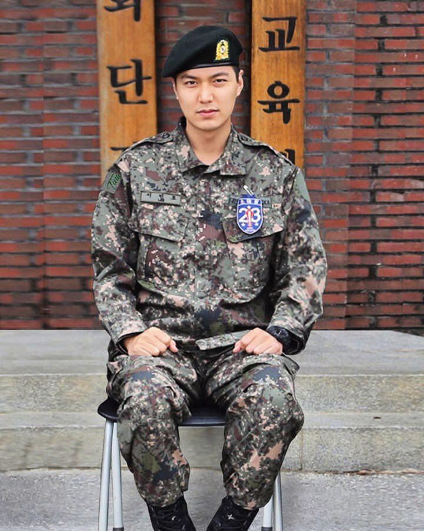 10 năm lột xác ngoại hình của Lee Min Ho: Từ nam thần Vườn sao băng thành tài tử với loạt màn tăng cân gây sốc - Ảnh 28.