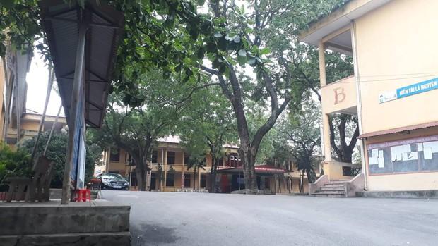 Sở GD&ĐT Phú Thọ: Gia đình khẳng định không có chuyện nam sinh lớp 10 làm 4 bạn gái có thai  - Ảnh 1.