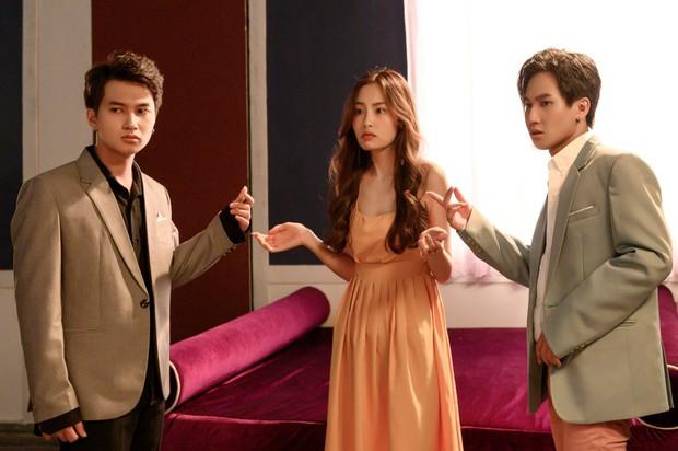 Trùng hợp thú vị: Ra mắt cùng ngày, Hương Tràm cũng chọn đề tài cặp sinh đôi yêu một người như MV của Nguyễn Trọng Tài - Ảnh 5.