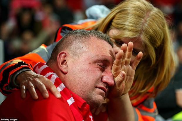 Lữ đoàn đỏ vui sướng tột cùng sau khi loại Messi và các đồng đội theo cách chưa từng có trong lịch sử Champions League - Ảnh 8.