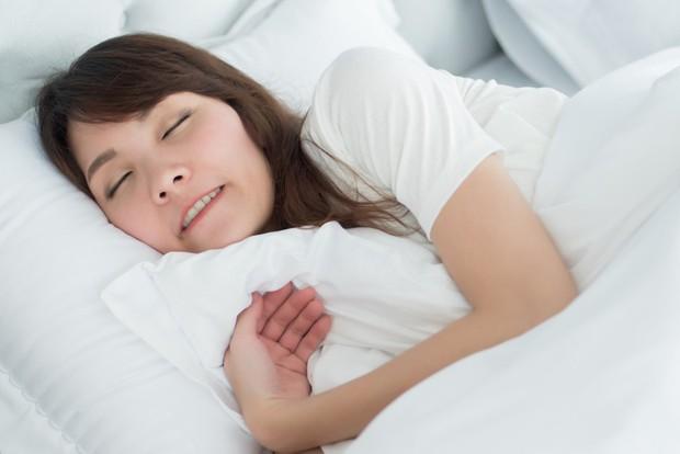 Những cơn đau đột ngột xuất hiện có thể cảnh báo nhiều bệnh nguy hiểm mà bạn nên chú ý - Ảnh 6.