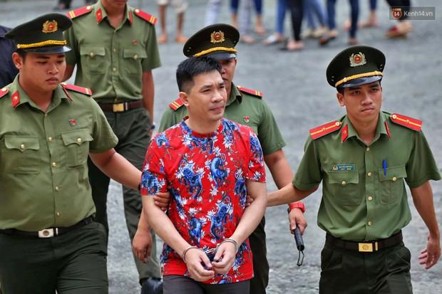Văn Kính Dương khai do áp lực kinh tế nên buôn bán ma túy, đàn em trong đường dây giúp sức vì tình cảm - Ảnh 1.