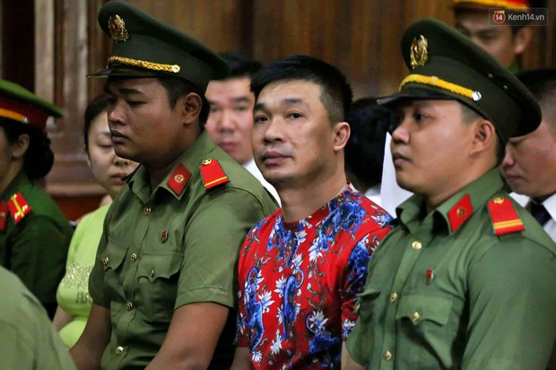 Văn Kính Dương khai do áp lực kinh tế nên buôn bán ma túy, đàn em trong đường dây giúp sức vì tình cảm - Ảnh 6.