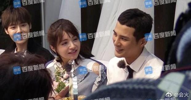 Rò rỉ hình ảnh Hàm Hương Tân Cương bụng to vượt mặt, rơi nước mắt khi được Tổng tài kém 4 tuổi cầu hôn - Ảnh 8.