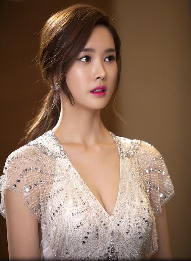 Từng thừa nhận dao kéo, Lee Da Hae bất ngờ lên tiếng trước tin đồn lạm dụng thẩm mỹ đến mức nghiện - Ảnh 3.