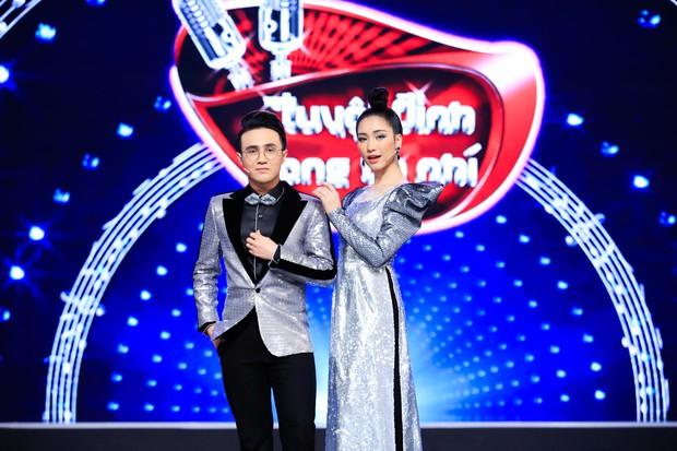 Hòa Minzy tiếp tục live không trượt phát nào trong đêm Bán kết Tuyệt đỉnh song ca nhí 2019 - Ảnh 1.
