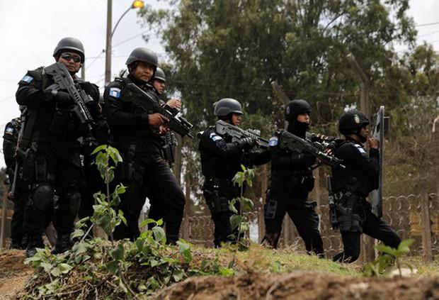 Guatemala: Tù nhân say xỉn nổ súng, ít nhất 7 người thiệt mạng  - Ảnh 1.