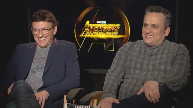 Thì ra trước ENDGAME, Captain America nhấc được búa của THOR từ lâu rồi mà cứ giả bộ khiêm tốn! - Ảnh 2.