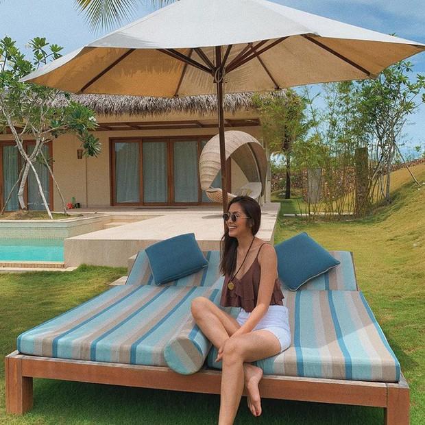 Đã mắt khi ngắm style du lịch của sao Việt nhưng đồng thời, bạn sẽ góp nhặt được 1001 ý tưởng diện đồ tuyệt xinh - Ảnh 12.