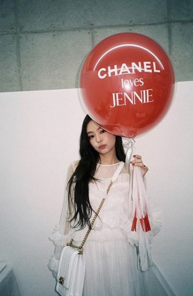 """Liên tục dính """"phốt"""" thái độ và thiên vị, cớ sao YG vẫn nhất mực coi Jennie là """"át chủ bài"""" của BLACKPINK? - Ảnh 6."""