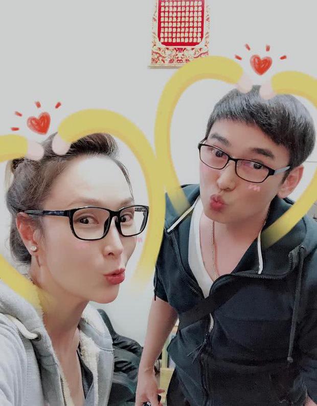 Cbiz thêm 1 cuộc hôn nhân đổ vỡ? Triển Chiêu Tiêu Ân Tuấn cắt đứt tình cảm với bà xã thứ 2 sau 5 năm cưới - Ảnh 3.