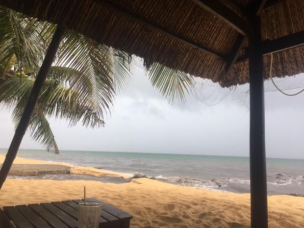 Hàng loạt bãi biển nổi tiếng tại Việt Nam kêu cứu vì dòng nước thải bẩn xả thẳng từ các hệ thống cống thoát nước - Ảnh 7.