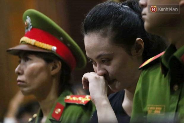 Ngày thứ 3 xét xử ông trùm Văn Kính Dương và đồng phạm: Các nữ bị cáo mong tòa xem xét lại mức án để có cơ hội về nhà với con - Ảnh 6.