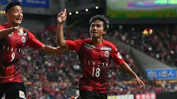Vì sao cầu thủ Thái Lan ồ ạt đến Nhật Bản chơi bóng thay vì chuyển thẳng tới châu Âu như Văn Hậu? - Ảnh 2.