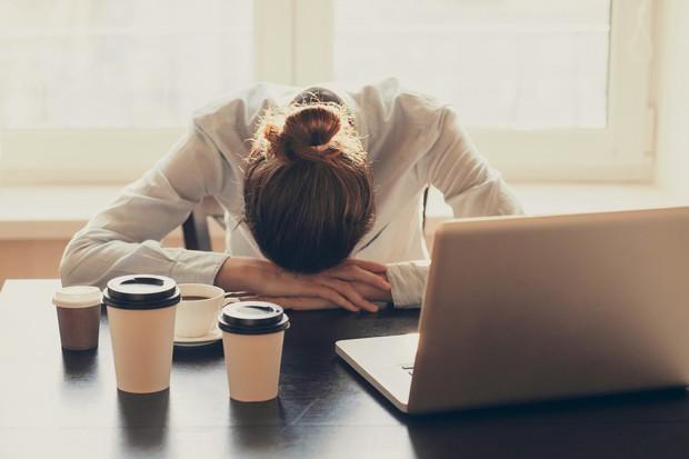 Trầm cảm cười - hội chứng rất có thể bạn đang mắc phải mà không hề hay biết - Ảnh 3.