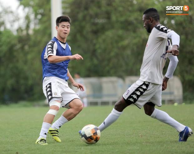 Hà Nội FC trả giá vì cố dùng Duy Mạnh, lỡ hẹn trận quyết đấu giành vé đi tiếp tại AFC Cup - Ảnh 1.