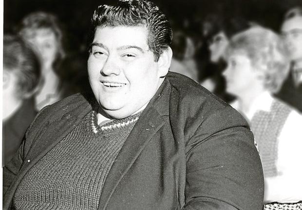 Chuyện lạ có thật về người đàn ông nhịn ăn liên tục suốt 382 ngày, giảm 125kg khiến y học sửng sốt - Ảnh 1.