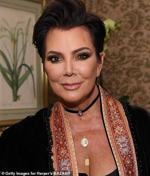 Biết nhà Kardashian giàu nhưng ai ngờ giàu đến độ này: Thầu hẳn khu đất khổng lồ xây 6 biệt thự trăm tỉ chỉ vì 1 lý do đơn giản - Ảnh 12.
