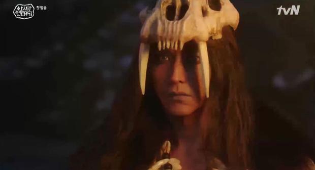 Game Of Thrones Châu Á vừa xì hàng: Song Joong Ki chả thấy đâu đã ngộp thở với 20 phút quảng cáo! - Ảnh 1.