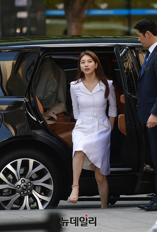 Sau loạt ảnh lung linh đến mức câm nín này, có lẽ Suzy đã đạt đến đẳng cấp nữ thần đẹp nhất Kpop - Ảnh 2.