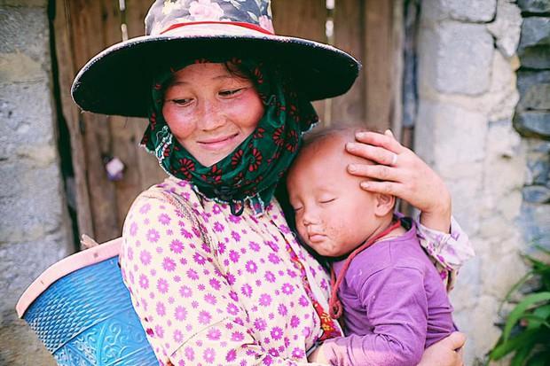 """Cuộc trò chuyện lúc nửa đêm với cô gái đi Hà Giang để """"gom về một vườn trẻ"""": Chỉ mong các em mãi giữ được sự thuần khiết như hoa như sương vùng đất này - Ảnh 22."""
