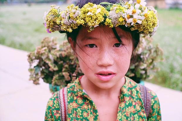 """Cuộc trò chuyện lúc nửa đêm với cô gái đi Hà Giang để """"gom về một vườn trẻ"""": Chỉ mong các em mãi giữ được sự thuần khiết như hoa như sương vùng đất này - Ảnh 24."""