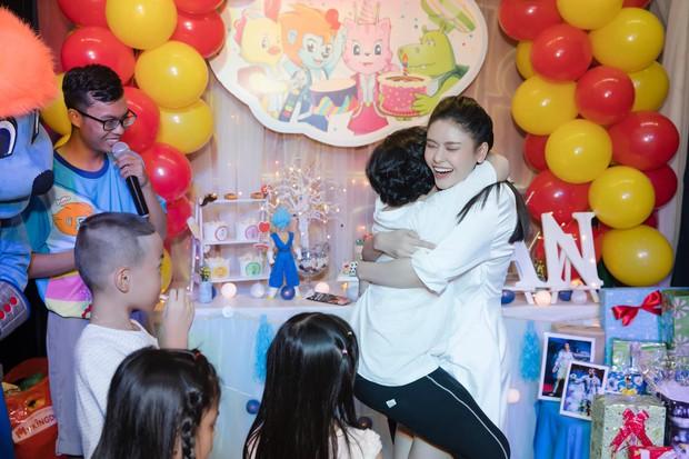 Trương Quỳnh Anh tổ chức tiệc sinh nhật 7 tuổi cho con trai, hoàn toàn vắng mặt Tim - Ảnh 5.