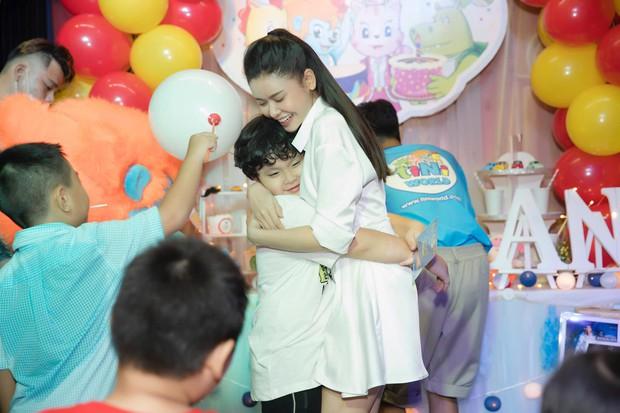 Trương Quỳnh Anh tổ chức tiệc sinh nhật 7 tuổi cho con trai, hoàn toàn vắng mặt Tim - Ảnh 4.
