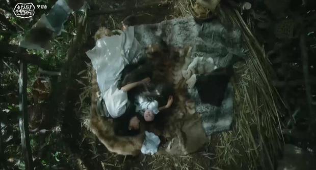 Game Of Thrones Châu Á vừa xì hàng: Song Joong Ki chả thấy đâu đã ngộp thở với 20 phút quảng cáo! - Ảnh 3.