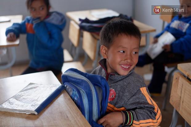 Nụ cười rạng rỡ của trẻ em Tri Lễ trong ngôi trường ngàn mặt trời - Ảnh 2.