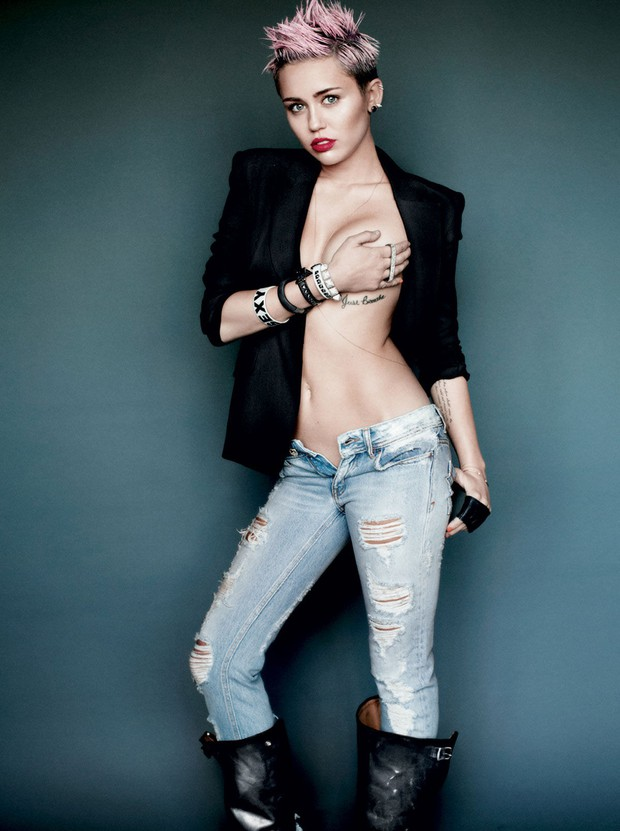 Miley Cyrus: Nàng công chúa Disney chinh phục cả thế giới và chàng hoàng tử đời mình bằng cái điên bản năng - Ảnh 7.