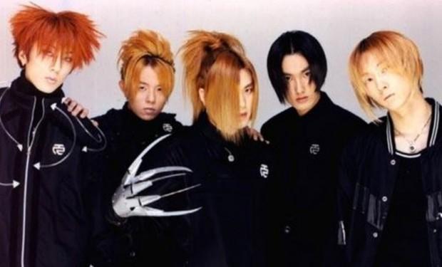 """Ngắm lại kiểu tóc của 10 idol Hàn """"hot hit"""" thập niên 90, netizen mới thở phào: May mà thời đó đã qua - Ảnh 2."""