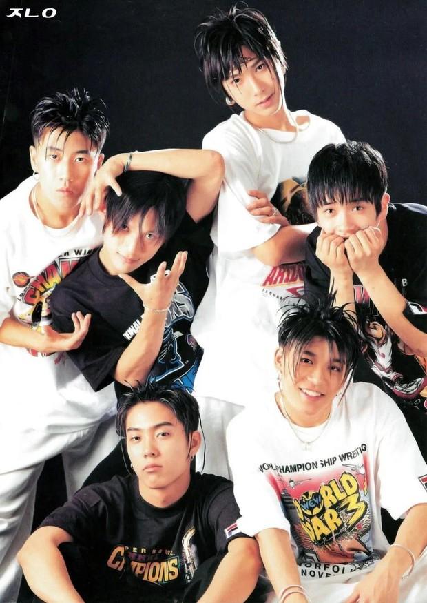 """Ngắm lại kiểu tóc của 10 idol Hàn """"hot hit"""" thập niên 90, netizen mới thở phào: May mà thời đó đã qua - Ảnh 3."""