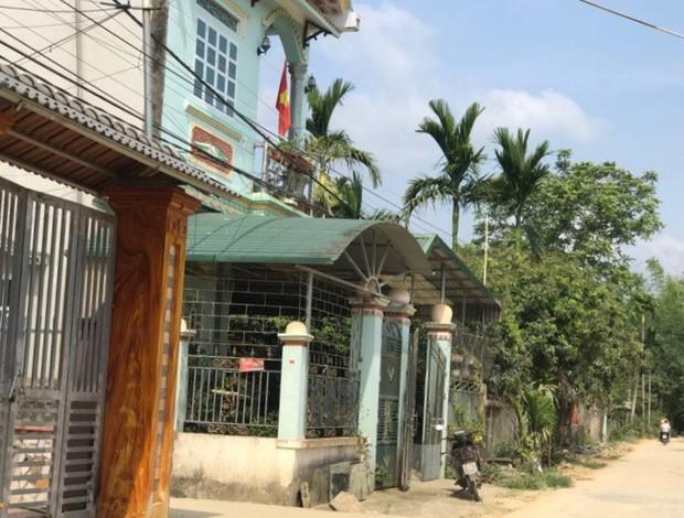 Hai lần gặp mặt và sự lặng im đến khó hiểu của bố nữ sinh giao gà ở Điện Biên - Ảnh 1.