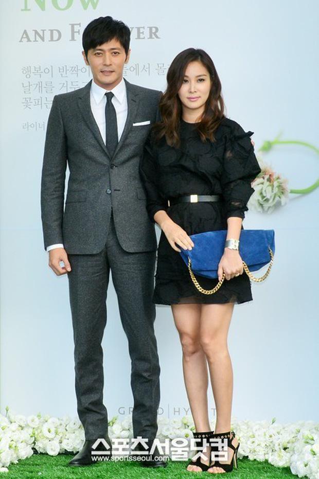 Khi 2 quý ông đã vợ Jang Dong Gun và Song Joong Ki đại chiến: Thành công từ sự nghiệp đến tội đồ cướp đi quốc bảo xứ Hàn! - Ảnh 13.