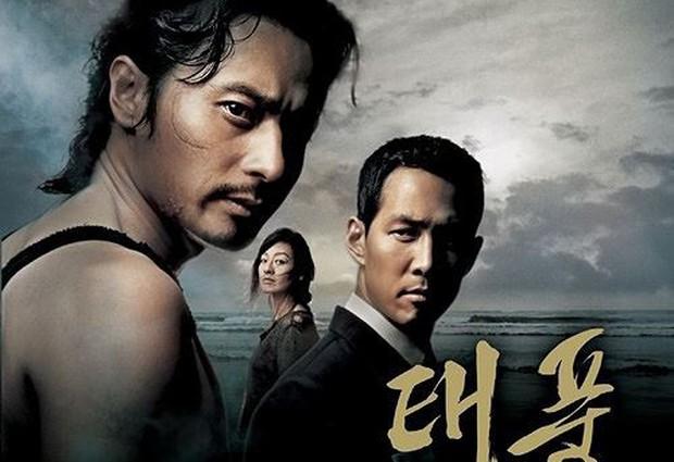 Khi 2 quý ông đã vợ Jang Dong Gun và Song Joong Ki đại chiến: Thành công từ sự nghiệp đến tội đồ cướp đi quốc bảo xứ Hàn! - Ảnh 8.
