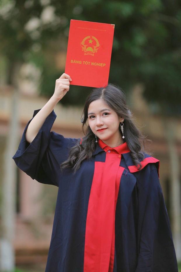 Nữ sinh Lào Cai từng gây thương nhớ với bức ảnh mặc áo dài trong trẻo như thiên thần được tuyển thẳng vào Đại học - Ảnh 4.