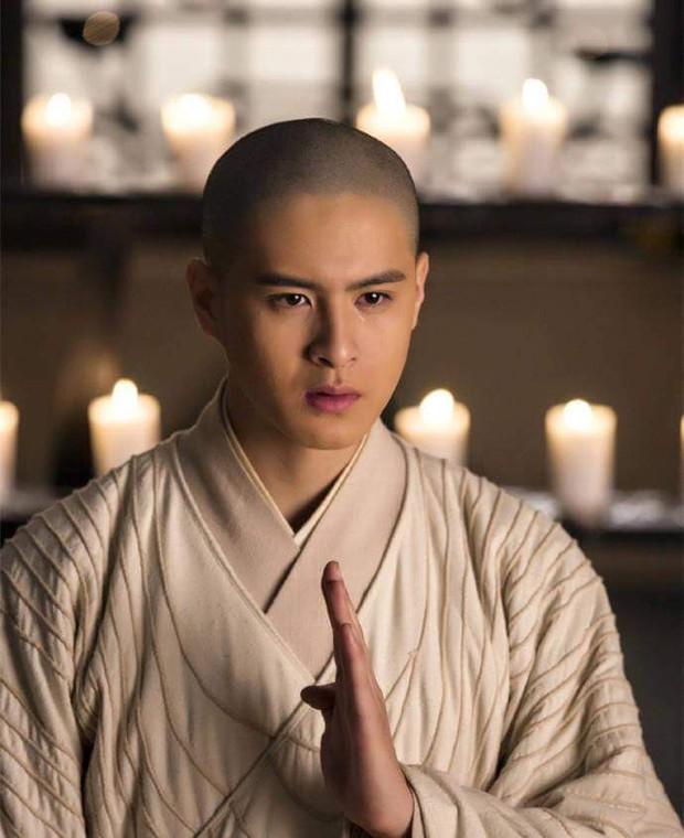 5 pháp sư hút fan hơn cả các vương công hoàng tử: Số 1 gây tranh cãi từ xứ Trung đến Việt, số 5 xúi Iron Man chết! - Ảnh 5.