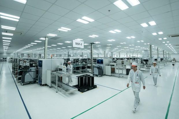 Vingroup động thổ nhà máy smartphone mới tại Hòa Lạc, công suất 125 triệu máy/năm - Ảnh 1.