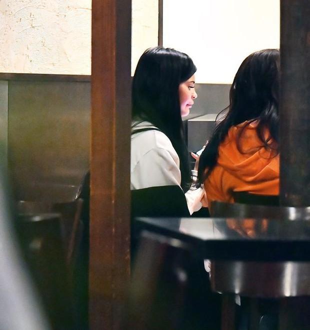 Sao thế giới nhận quả đắng trong nước mắt vì thẩm mỹ: Park Bom, Cardi B phù nề cũng không sốc bằng trường hợp cuối - Ảnh 3.
