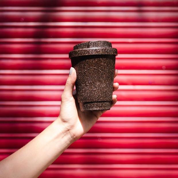 Hết trà sữa không ống hút lại có cốc cà phê làm từ bã cà phê, sân chơi zero waste ngày càng nhộn nhịp - Ảnh 4.