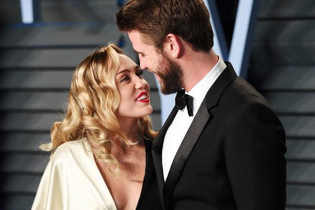 Đang yên đang lành bị đồn chia tay Liam, Miley Cyrus đích thân đá xéo và đáp trả bằng cách khiến ai cũng ghen tị - Ảnh 5.